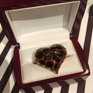 Betsey Johnson heart, polka dot, bow ring, gold